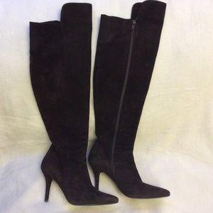 EUC Stuart Weitzman 🍫 brown suede knee-high boots
